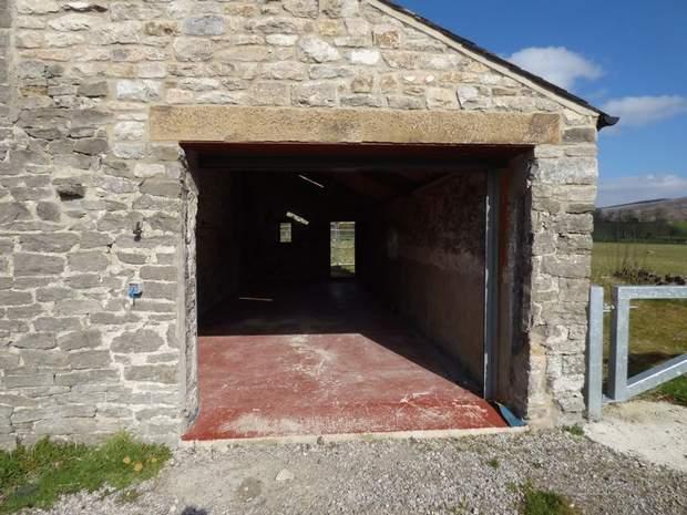 Commercial Unit at Marsh Farm, Castleton Road, Hope, Hope Valley - Image 2