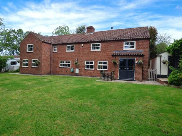 Beaumont House, Hilcote Lane, Hilcote, Alfreton - Image 1