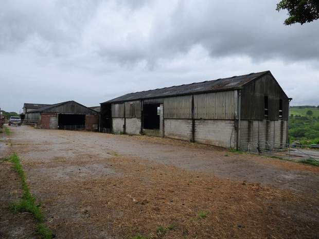 Lot 1 - Stacey Bank Farm, Stacey Bank, Loxley, Sheffield - Image 15