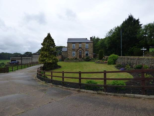Lot 1 - Stacey Bank Farm, Stacey Bank, Loxley, Sheffield - Image 10