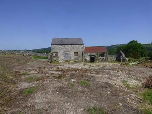 Barn at Highfields Farm, Middleton Lane, Stoney Middleton, Hope Valley - Image 3
