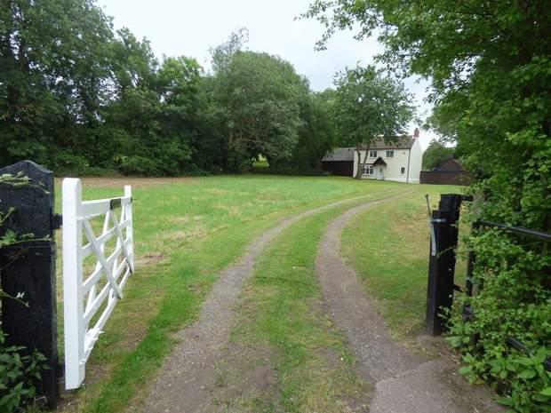 Field House Farm, Emmett Carr Lane, Renishaw, Sheffield - Image 1