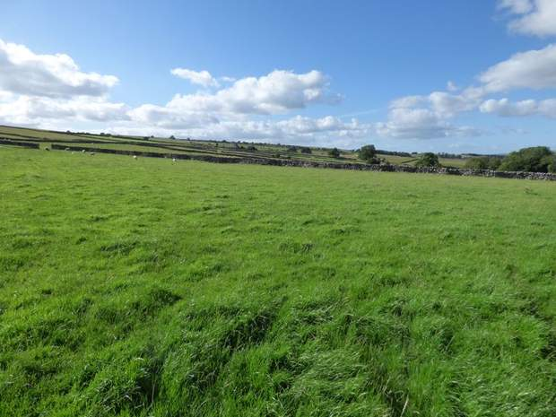Lot 3: Newlands Farm, Coplow Dale, Little Hucklow, Buxton - Image 4