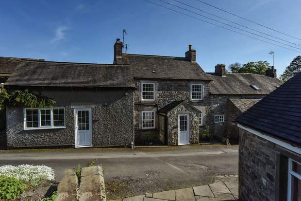 Tom's Lodge, Chapel Lane, Kniveton, Ashbourne - Image 1