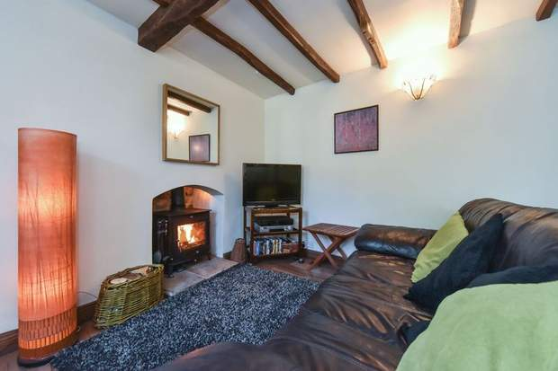 Tom's Lodge, Chapel Lane, Kniveton, Ashbourne - Image 2