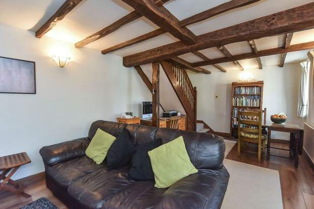 Tom's Lodge, Chapel Lane, Kniveton, Ashbourne - Image 3